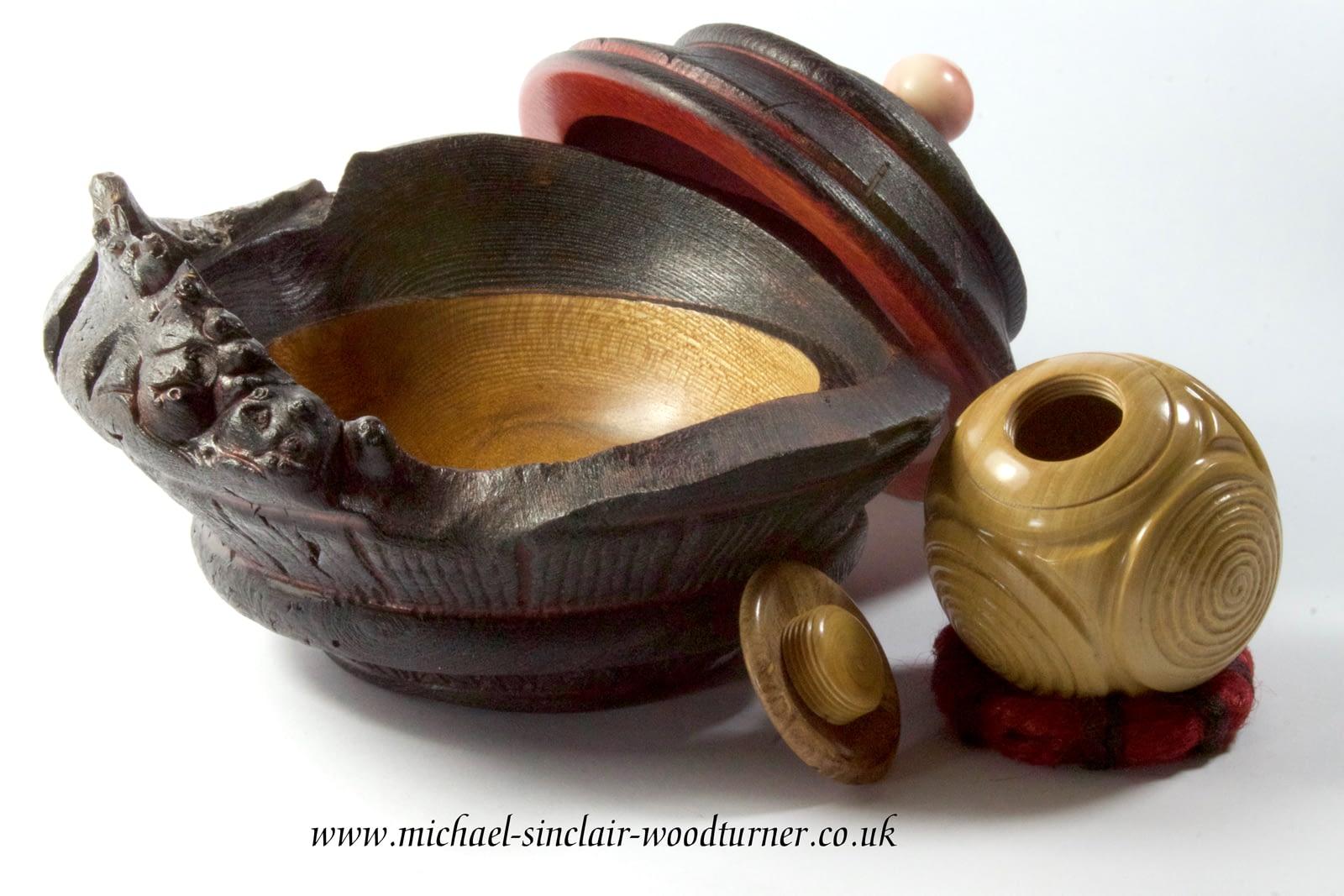'Howar' ceremonial pot